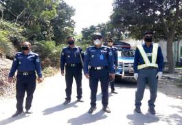 আত্রাইয়ে আইন শৃংখলা বাহিনীর তৎপরতায় কমছে লোক সমাগম