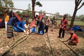 আফতাবগঞ্জের কচুয়া গ্রামে এক ব্যাতিক্রমি উদ্যোগ নিয়েছে গ্রামবাসী