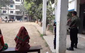 ঢাকা-১০ উপনির্বাচন: করোনা আতঙ্কে ভোটার উপস্থিতি কম