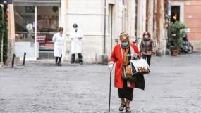 ৫৩ দিন পর বের হওয়ার সুযোগ পাচ্ছে ইতালির মানুষ