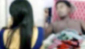ঘুমন্ত স্বামীর গোপনাঙ্গ কেটে পালালেন স্ত্রী