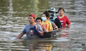 থাইল্যান্ডে ৭০ হাজার ঘরবাড়ি প্লাবিত, ব্যাংককে সতর্কতা