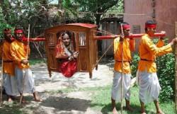 রাঙ্গামাটিতে বিলুপ্ত প্রায় বাঙালির ঐতিহ্য পালকি