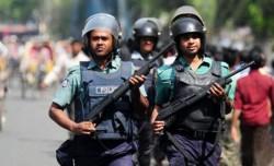 মোহাম্মদপুরের কাদেরাবাদ হাউজিংয়ে জঙ্গিবিরোধী তল্লাশি অভিযান চলছে