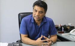 'রাজনৈতিক পোস্টার-বিলবোর্ডে লাগাতে অনুমোদন নিতে হবে-আনিসুল হক