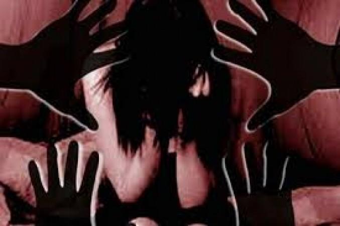 বিয়ের প্রলোভন দেখিয়ে চারদিন আটক রেখে বিধবা নারীকে গণধর্ষণ
