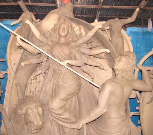দিনাজপুরে দুর্গাপূজা উদযাপনের প্রস্তুতি চলছে