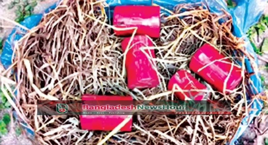 রাজশাহীতে ৫টি ককটেল উদ্ধার