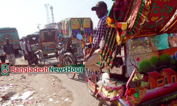 গাজীপুরে থামছে না 'অবৈধ অটোরিকশার' দৌরাত্ব
