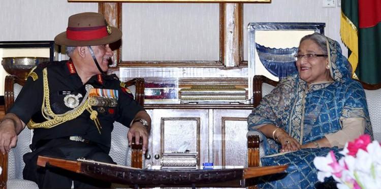 প্রধানমন্ত্রীর সঙ্গে ভারতীয় সেনাপ্রধানের সাক্ষাৎ