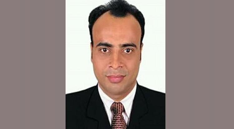 চট্টগ্রাম রেলের সিটিএম অফিসের পিয়ন সুমন রাতারাতি কোটিপতি
