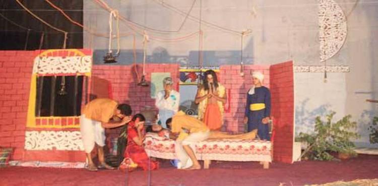 ইবি থিয়েটারের ২৬ বছর পূর্তিতে 'ডাকঘর' নাটক মঞ্চস্থ