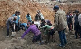 জাফলংয়ে মন্দিরের জুম এলাকায় মাটি চাপা পড়ে ৪ শ্রমিক নিহত