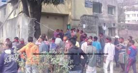লালবাগ কেল্লার ভেতরে অবৈধ স্থাপনা উচ্ছেদ