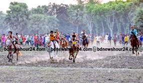 মহম্মদপুরে ঘোড়দৌড় প্রতিযোগিতা অনুষ্ঠিত