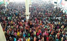 কমলাপুর রেল স্টেশনে ৫ম দিনে জনসমুদ্র