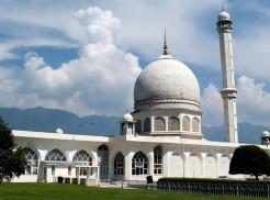 বন্ধ করে দেয়া হচ্ছে ৭ মসজিদ; বহিষ্কার হতে পারেন ৬০ ইমাম