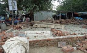শ্রীপুর কেওয়া বাজারের সেই অবৈধ 'স্থাপনা উচ্ছেদ'