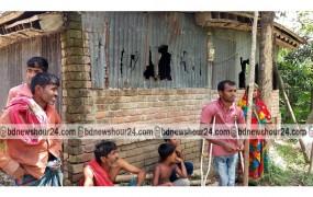 মাগুরায় আলোচিত প্রতিবন্ধী কৃষক আক্কাসের বাড়ি ভাংচুর করেছে দুর্বৃত্তরা