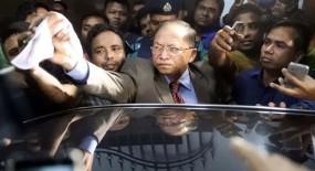 'আইনমন্ত্রীর কথায় এস কে সিনহার বিরুদ্ধে মামলা হবে না'