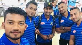 চট্টগ্রামে বাংলাদেশ ও জিম্বাবুয়ে ক্রিকেট দল