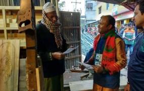 গাজীপুর-১: নৌকায় ভোট চেয়ে অলিগলিতে মেয়র প্রার্থী 'সিকদার জয়'