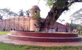 ষাটগম্বুজ মসজিদ ও সুন্দরবনের করমজলে পর্যটকদের উপচে পড়া ভিড়