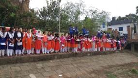 নওগাঁয় ছোট যমুনা নদী দুষন প্রতিরোধে প্রতীকি প্রতিবাদ