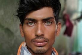 বাংলাদেশি প্রবাসির তীক্ষ্ণ চাহনিতে বিশ্ব-বাজিমাত