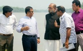 পিরোজপুরে নদী ভাঙন এলাকা পরিদর্শন করেছেন দুই মন্ত্রী