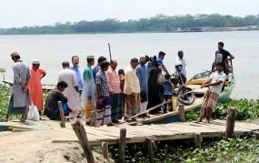 চাঁদকাঠী-কলাখালী খেয়াঘাট দখলে নিয়েছে জেলা প্রশাসন
