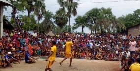 আত্রাইয়ে গ্রাম-বাংলার ঐতিহ্যবাহী লাঠি খেলা অনুষ্ঠিত