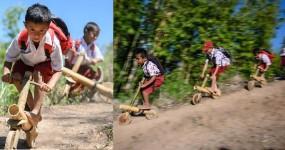 নিজেদের তৈরি বাইকে চড়ছে ইন্দোনেশিয়ান শিশুরা