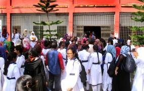বাগেরহাটে এমপি শেখ তন্ময়ের আশ্বাসে ক্লাসে ফিরছেন শিক্ষার্থীরা