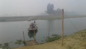 একটি ব্রীজের আশায় রায়পুর গ্রামবাসী