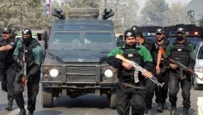 পাকিস্তানের চেকপোস্টে গোলাগুলি: পাঁচ পুলিশসহ নিহত ৮